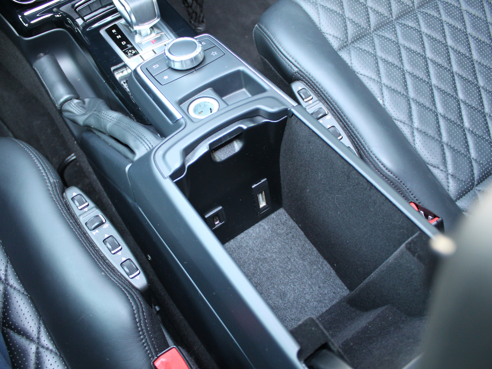 G-Class G63 designo エクスクルーシブPKG AMGリッチライン